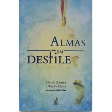 ALMAS EM DESFILE